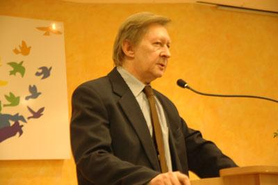 Trudne, aktualne problemy spółdzielczości omówił Zbigniew Durczok – Prezes Zarządu Regionalnego Związku Rewizyjnego Spółdzielczości Mieszkaniowej